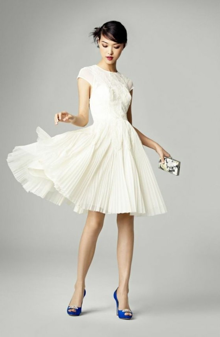 asos-vestidos-corto-y-plisado-escote-alto