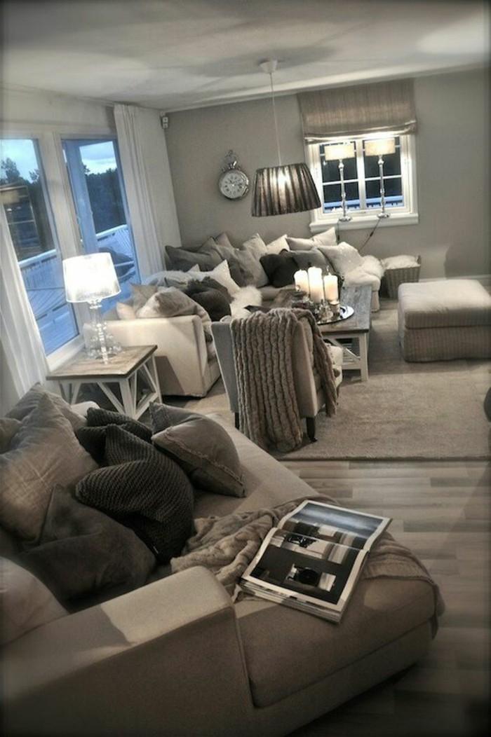 como-decorar-un-salon-tonos-grises-cojines
