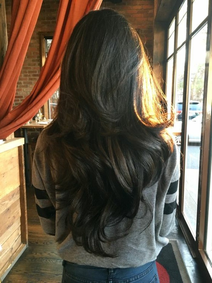 cortes-de-pelo-largo-osculo-rizado