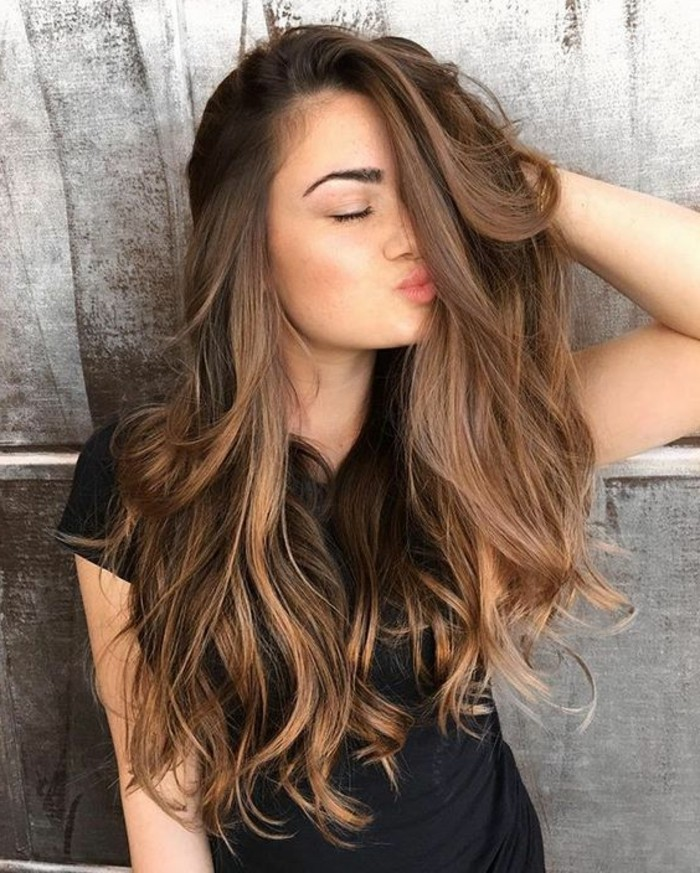 cortes-de-pelo-mujer-largo-ondulado