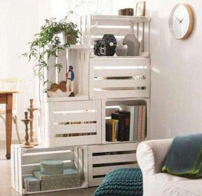 muebles-con-palets-sección-de-pared-en-blanco