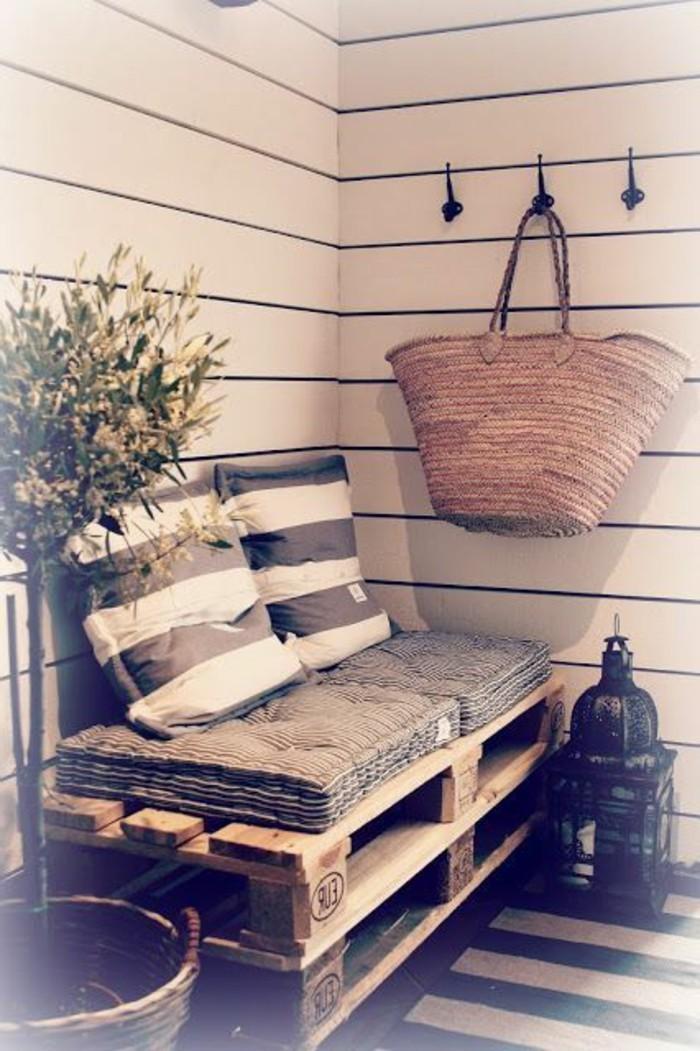 muebles-de-palets-para-el-porche-sofá