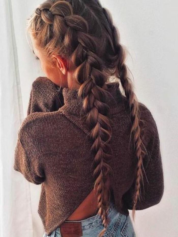 peinados-con-trenzas-en-raya-dos-trenzas