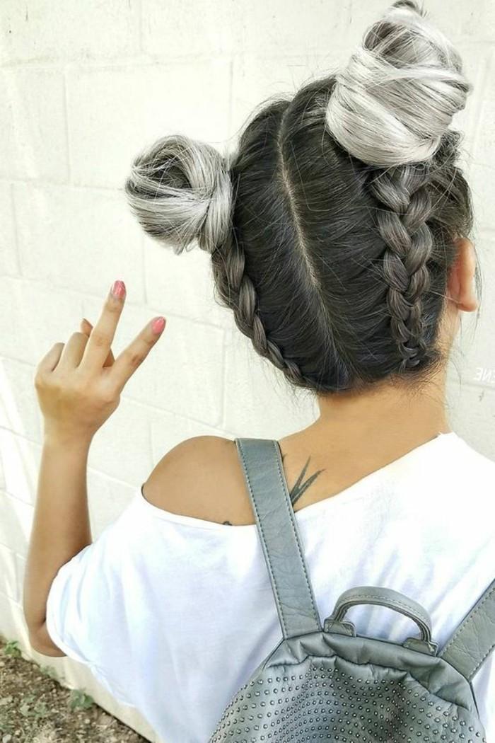 peinados-con-trenzas-pelo-en-raya-dos-bollos