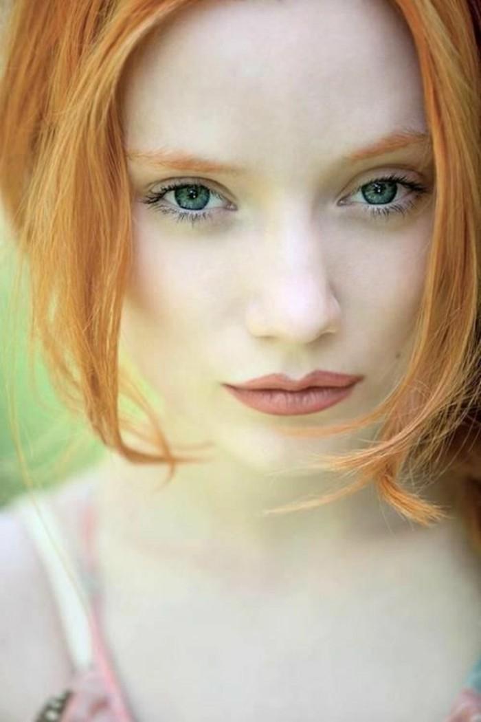 tintes-de-pelo-color-rojo-cobrizo-ojos-azules