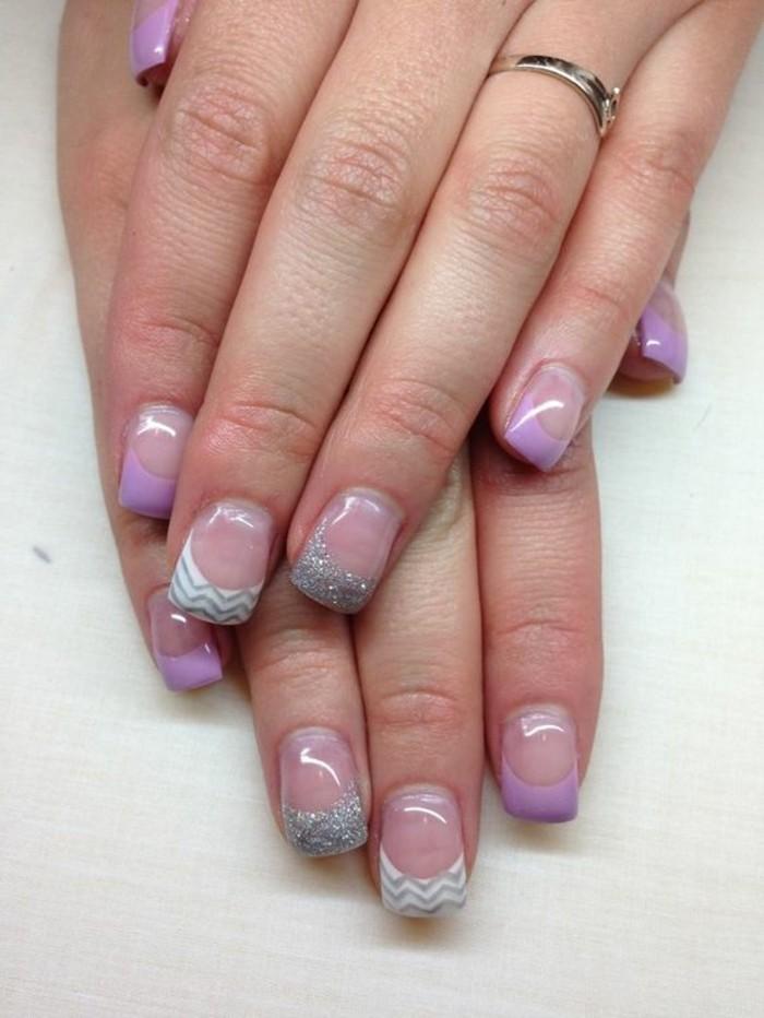 uñas-de gel-estilo-francés-violeta-decoración-brocado