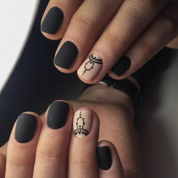 uñas-de-gel-paso-a-paso-color-negro-dibujos-mate