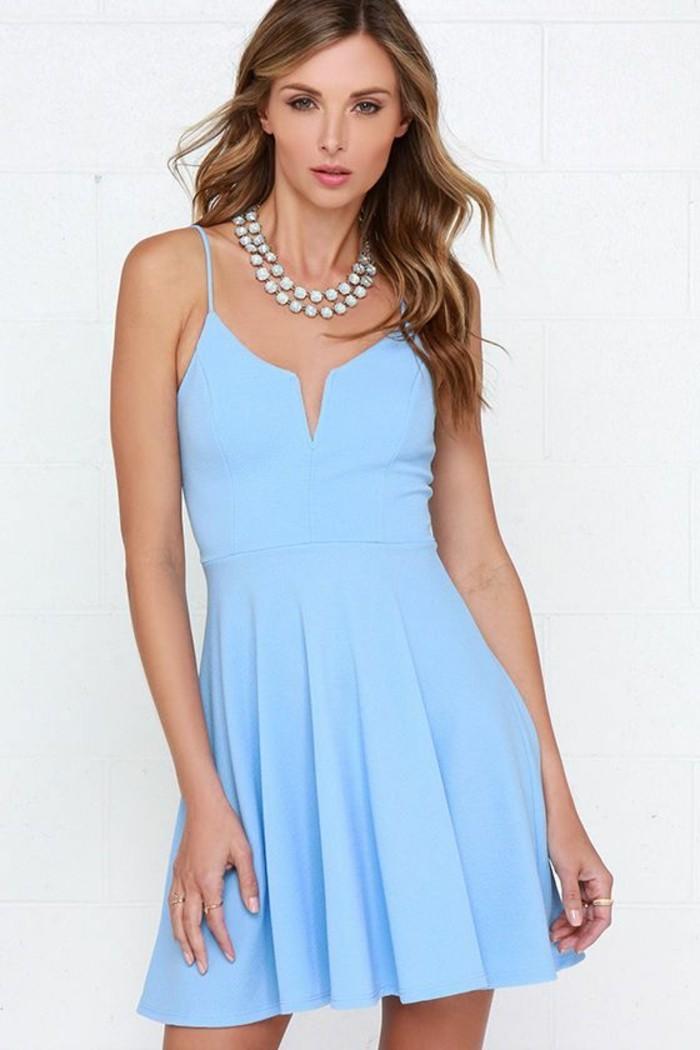 vestidos-coctel-azul-corto-tirantes-finos