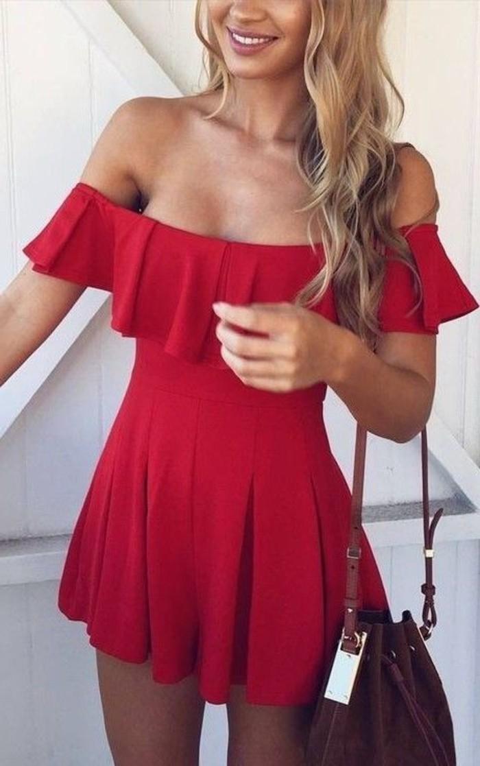 vestidos-coctel-corto-rojo-hombros-desnudos