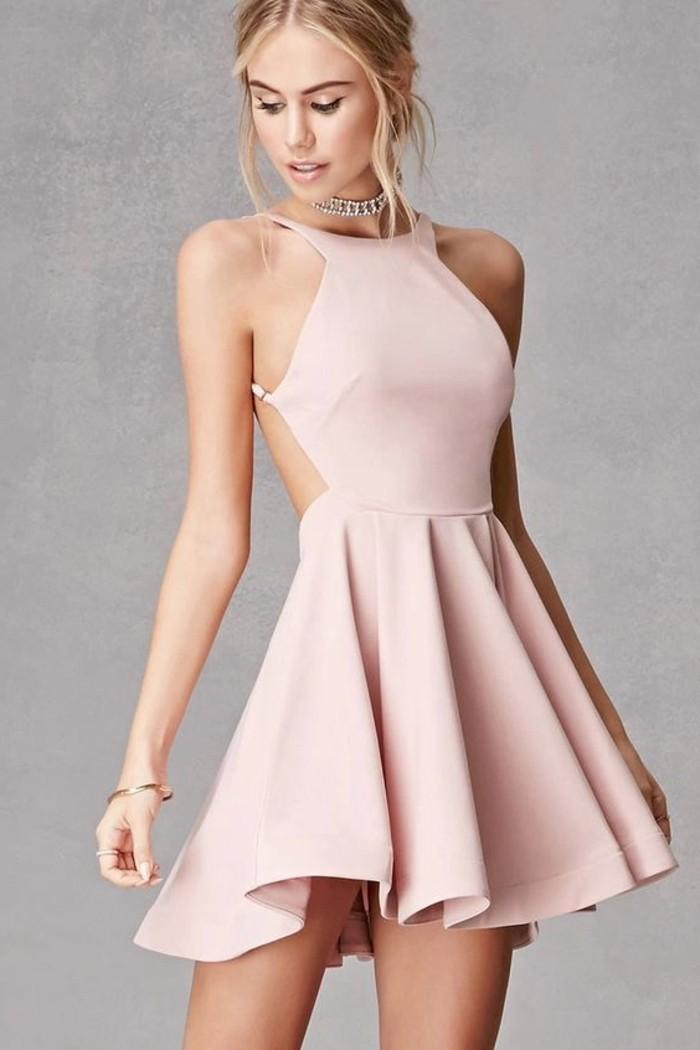 vestidos-de-fiesta-cortos-rosa-espalda-desnuda