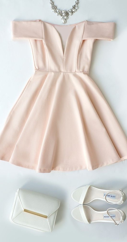 vestidos-de-fiesta-cortos-hombros-desnudos-rosa