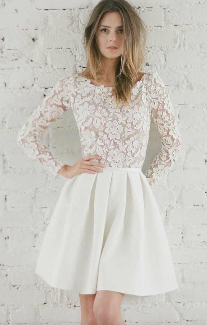 vestidos-de-novia-cortos-mangas-largas-de-encaje-con-flores