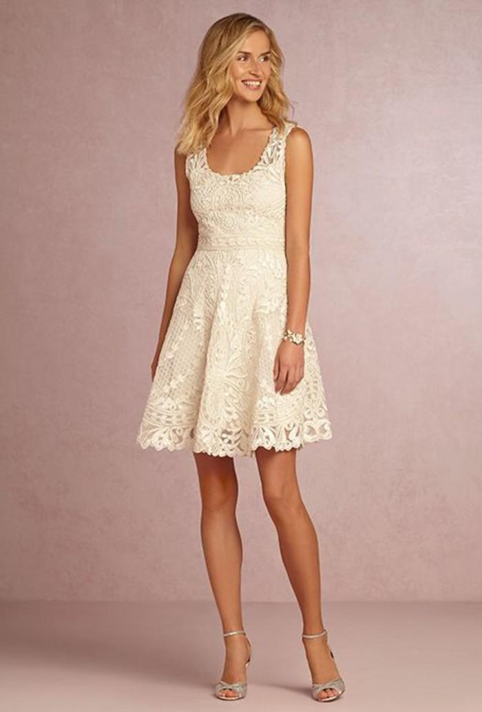 vestidos-de-novia-cortos-vestido-encaje-simple