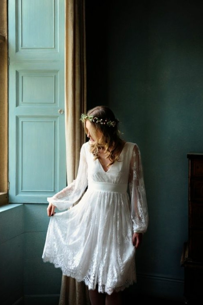 vestidos-de-novia-cortos-vintage-con-mangas-anchas-de-encaje