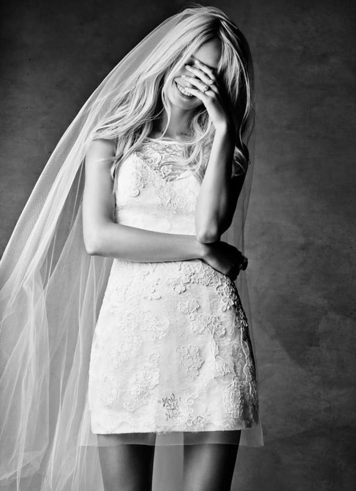vestidos-de-novia-flamencos-corta-y-simple-con-encaje-de-flores