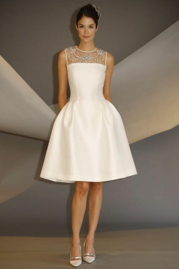 vestidos-de-novia-flamencos-simple-y-elegante-piedras-preciosas
