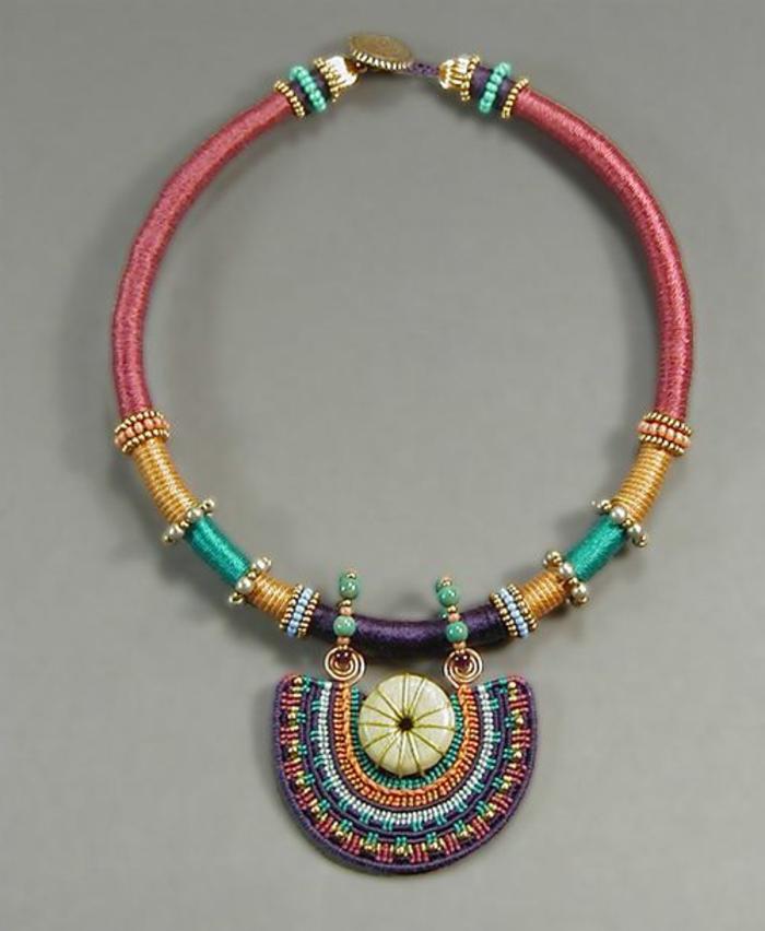 05-pulseras-de-plata-macrame-de-color-perlas-pequeñas