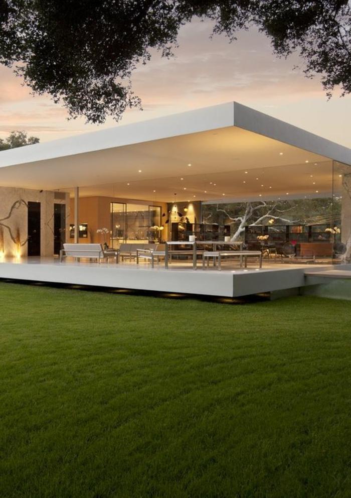 1001 ideas de decoraci n de casas minimalistas seg n las for Casas modernas con puertas antiguas
