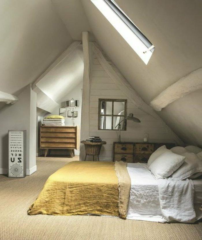 decoracion-de-dormitorios-estilo-rústico-manta-amarilla-paredes-blancos-techo-inclinado