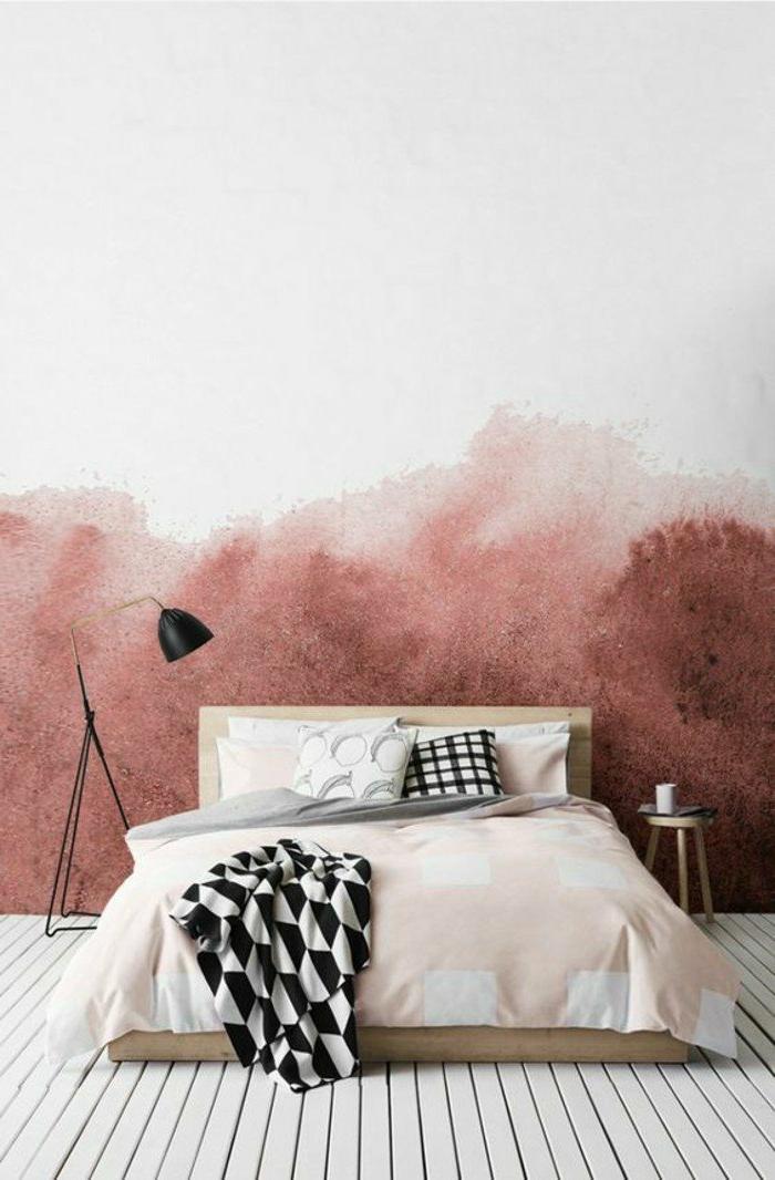 decoraciоn-de-dormitorios-pared-en-blanco-y-rojo-cama-de-madera-colcha-rosa