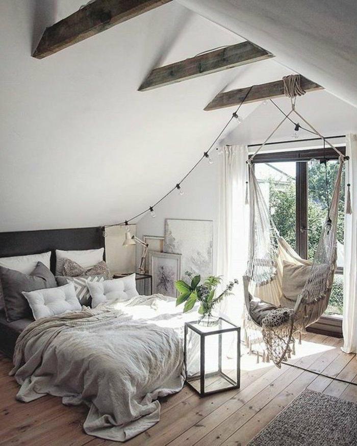 dormitorio-de-matrimonio-tonos-grises-oscilación-lamparas-colgantes-