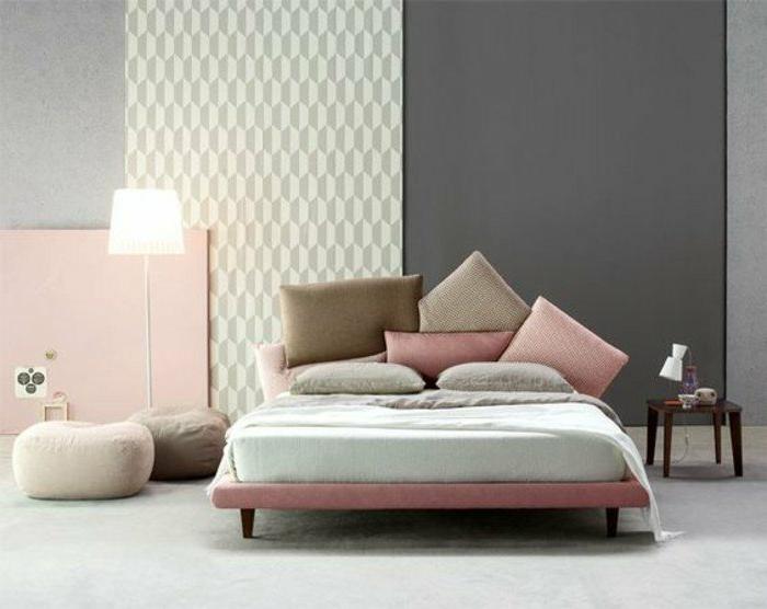 dormitorio-de-matrimonio-tonos-pasteles-rosa-mesita-de-noche-de-madera-pared-rosa