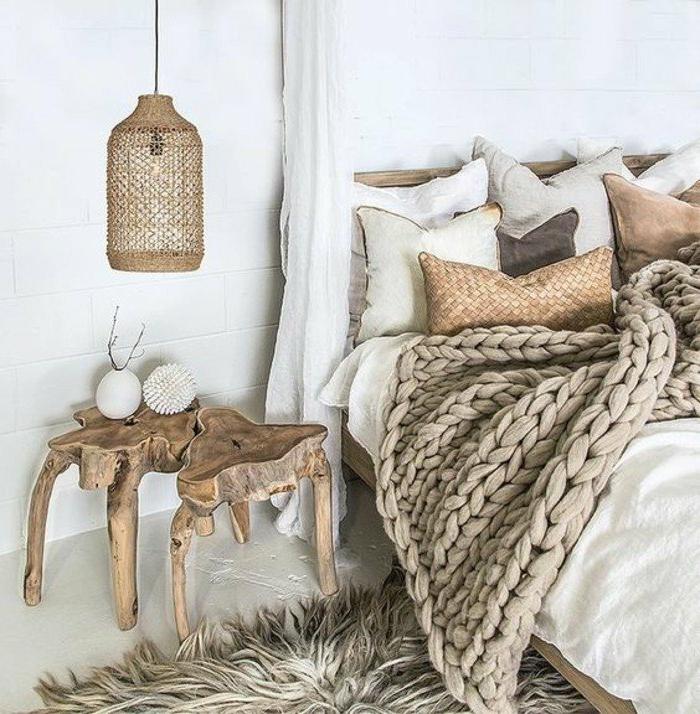dormitorios-modernos-colores-naturales-manta-tejida-mesita-de-noche-de-madera