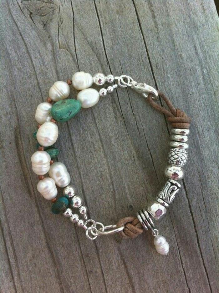 pulseras-de-oro-perlas-piedras-preciosas-cuero-elegante