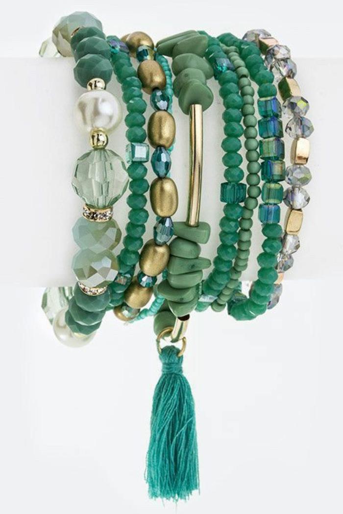 pulseras-de-plata-perlas-verdes-de-diferente-tamaño-borla