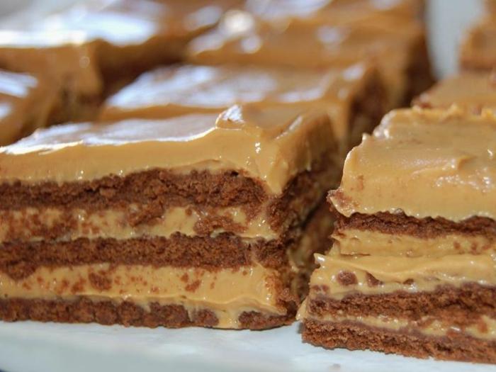 recetas-de-tartas-sin-horno-biscotas-crema-de-caramelo