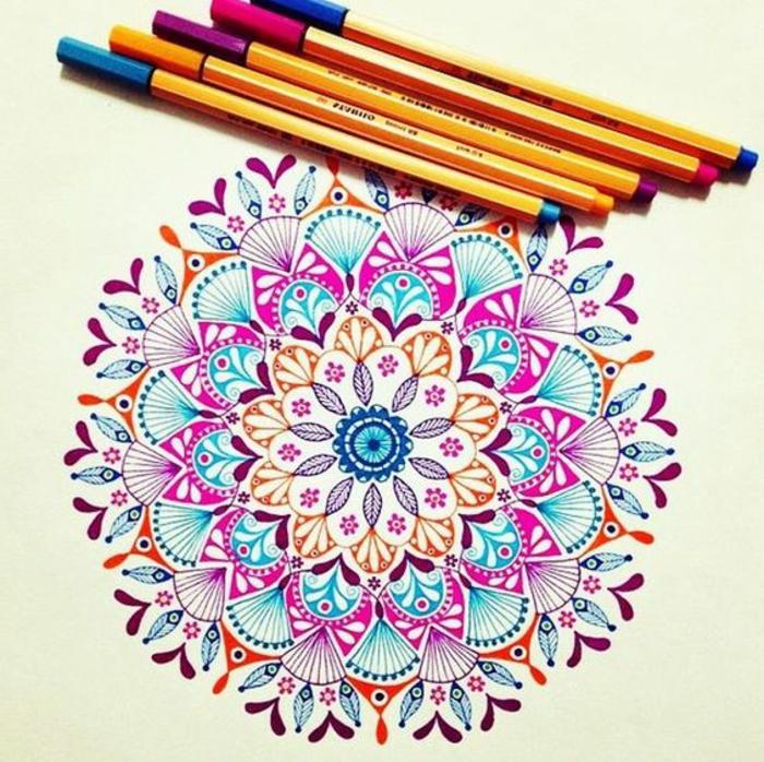 mandalas-para-colorear-mandala-colores-vivos-complicada-muy-detallada-relajante