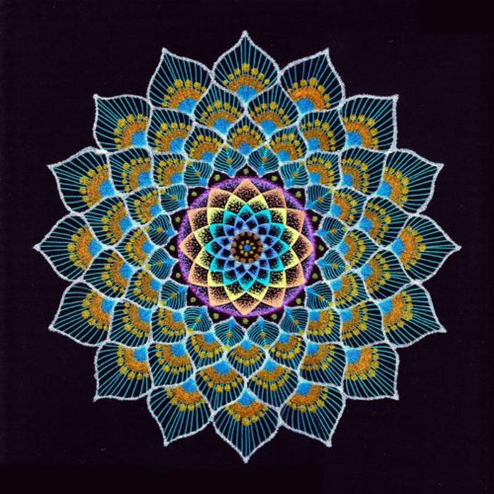 mandalas-para-colorear-mandala-complicada-muy-bonita-detalallada-multicolor