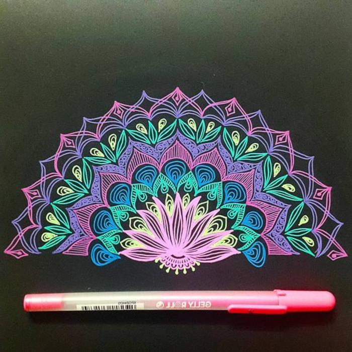 mandalas-para-colorear-media-mandala-fondo-negro-colores-vivos-flor-de-loto