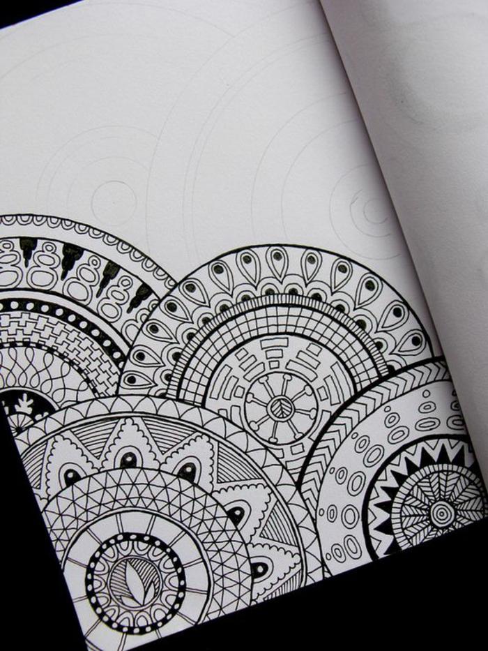 mandalas-para-colorear-simple-diseño-circulos-ideas-para-colorear-varias-mandalas