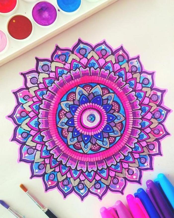 mandalas-para-colorear-tonos-rosas-positiva-artística-interesante-llamativa
