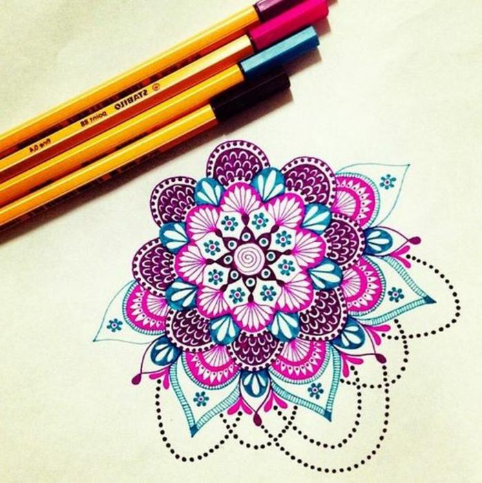 mandalas-para-colorear-tonos-vivos-rosa-y-azul-muy-interesante-y-artística