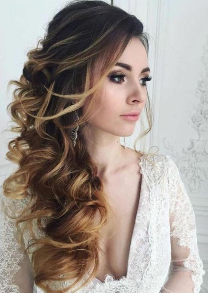 1001 ideas de peinados de fiesta atractivos y femeninos for Semirecogido rizado