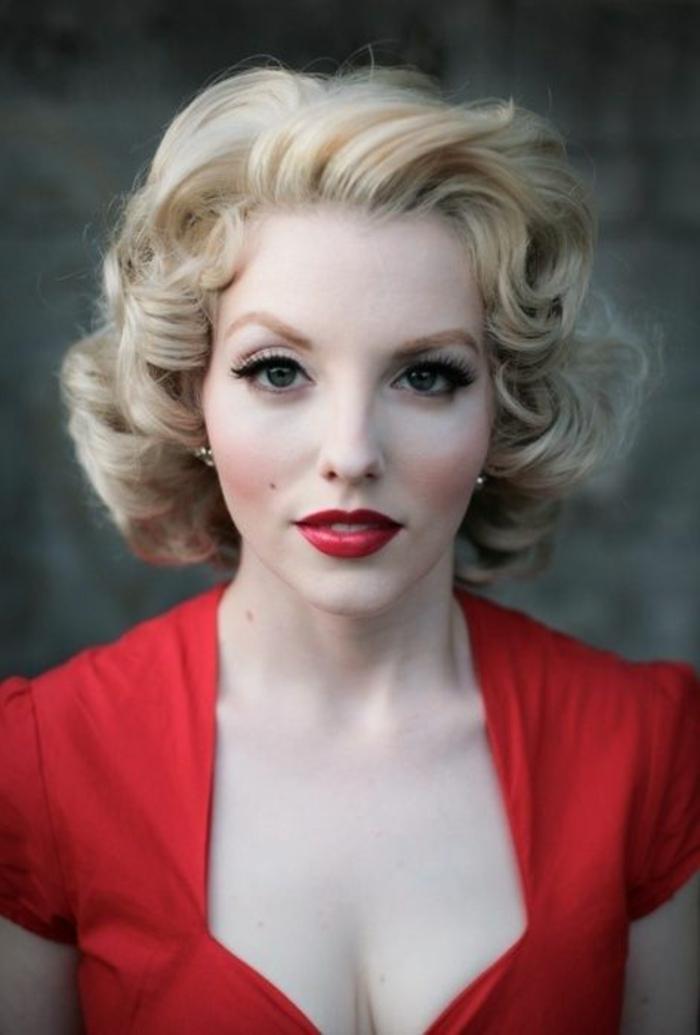 peinados-sencillos-pelo-corto-rubio-rizado-estilo-merilyn-monroe-femenino-y-elegante