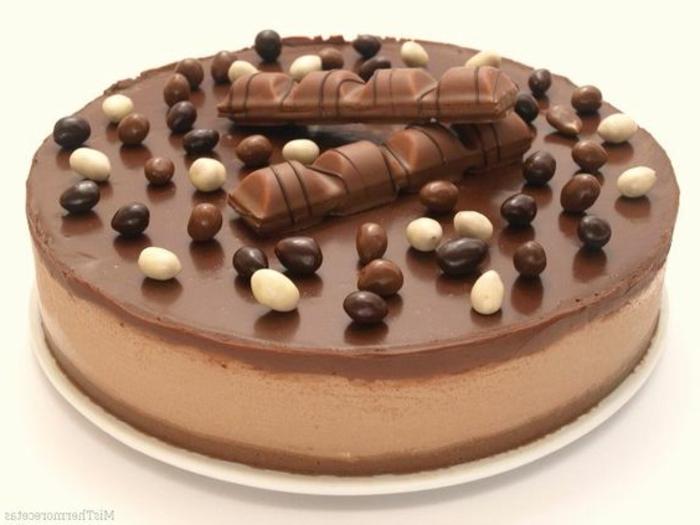 recetas-de-tartas-de-chocolate-crema-de-cacao-kinder-bueno-bonbones