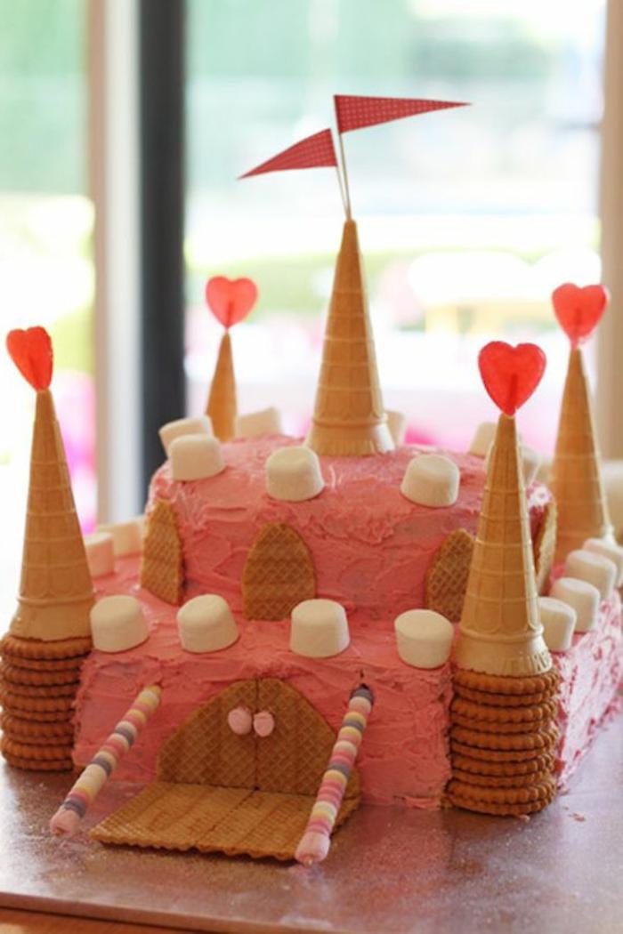 tartas-de-cumpleaños-de-niños-tarta-de-biscotas-marshmellow-forma-de-castillo