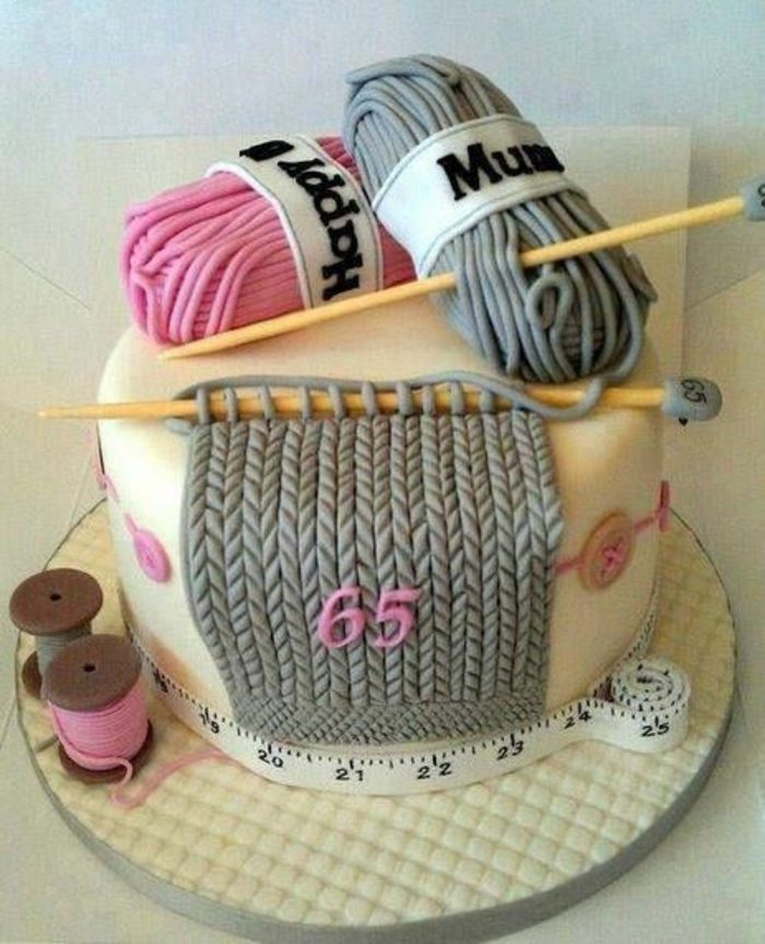 tartas-de-cumpleaños-para-la-madre-en-forma-de-tejidos-muy-interesante