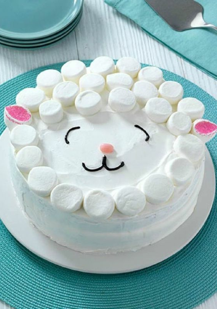tartas-de-cumpleaños-tarta-de-marshmellow-para-niños-oveja-interesante