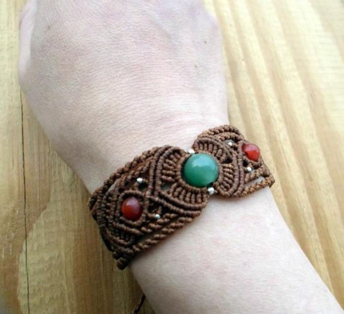 como-hacer-pulseras-de-hilo-con-piedras-preciosas-diseño-elegante-interesante-femenino