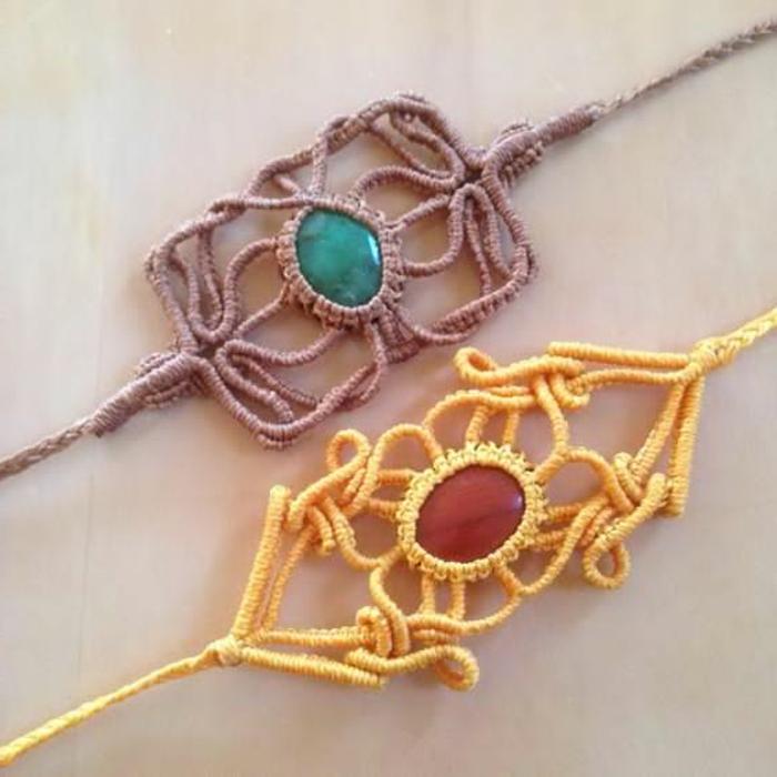 como-hacer-pulseras-de-hilo-dos-pulseras-diferentes-colores-amarillo-marrón-piedras-preciosas