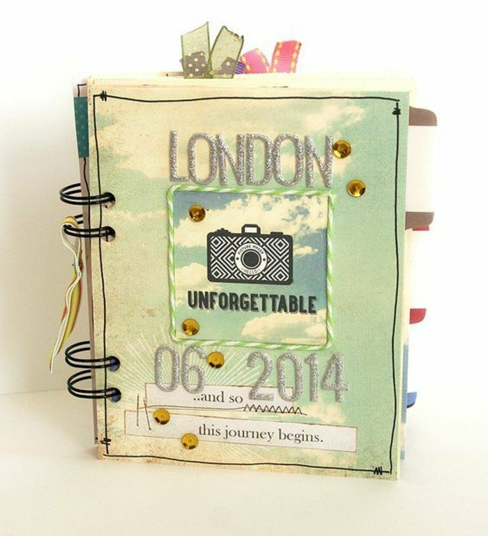 cuaderno-de-viaje-en-Londres-con-pegatines-idea-interesante-memorable