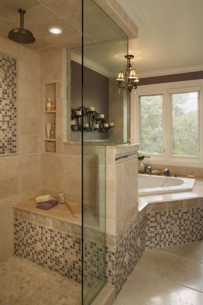 cuartos de baño pequeños, tonos claros, decoración bonita, mosaico, bañera, estilo modernista
