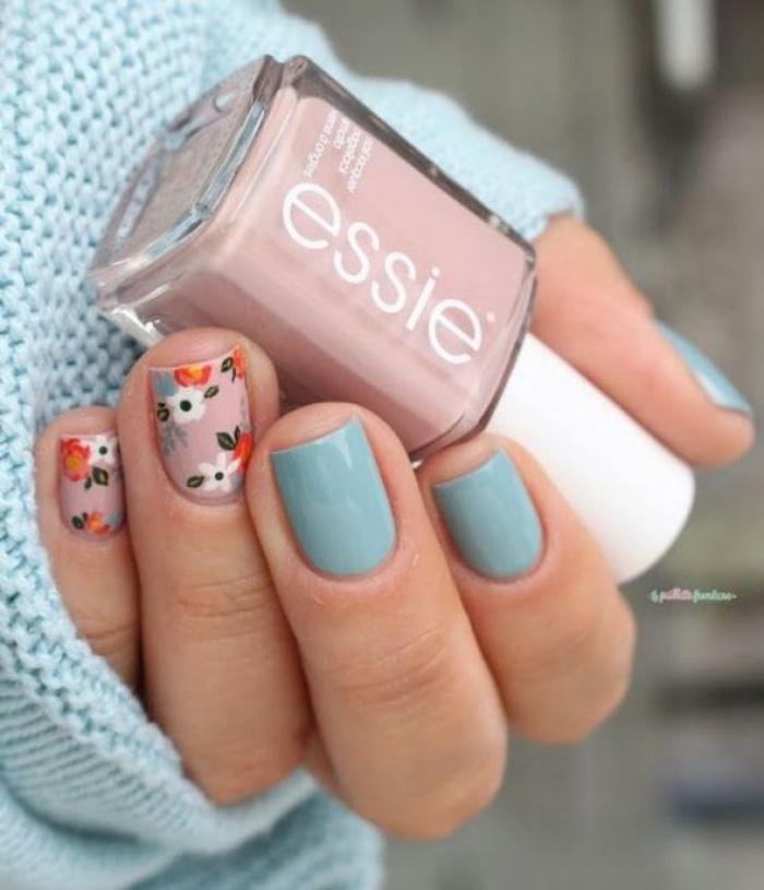 decoración uñas, color azul, rosa con dibujos de flores, diseño interesante, elegante