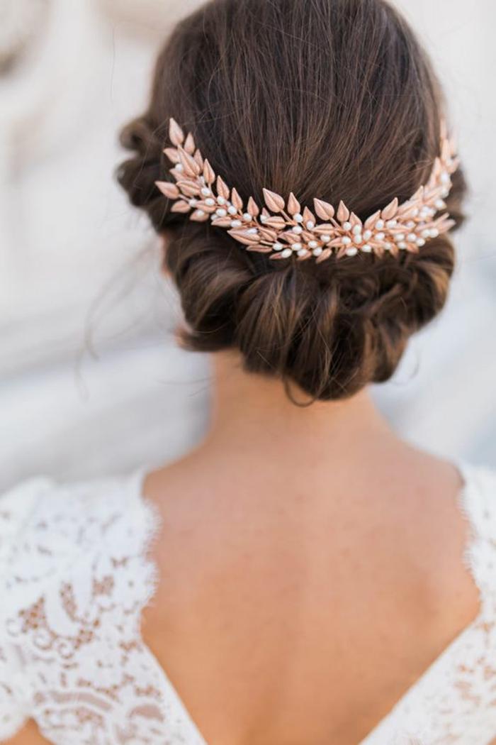 peinados-de-novia-pelo-recogido-boda-pelo-castaño-accesorio-para-pelo