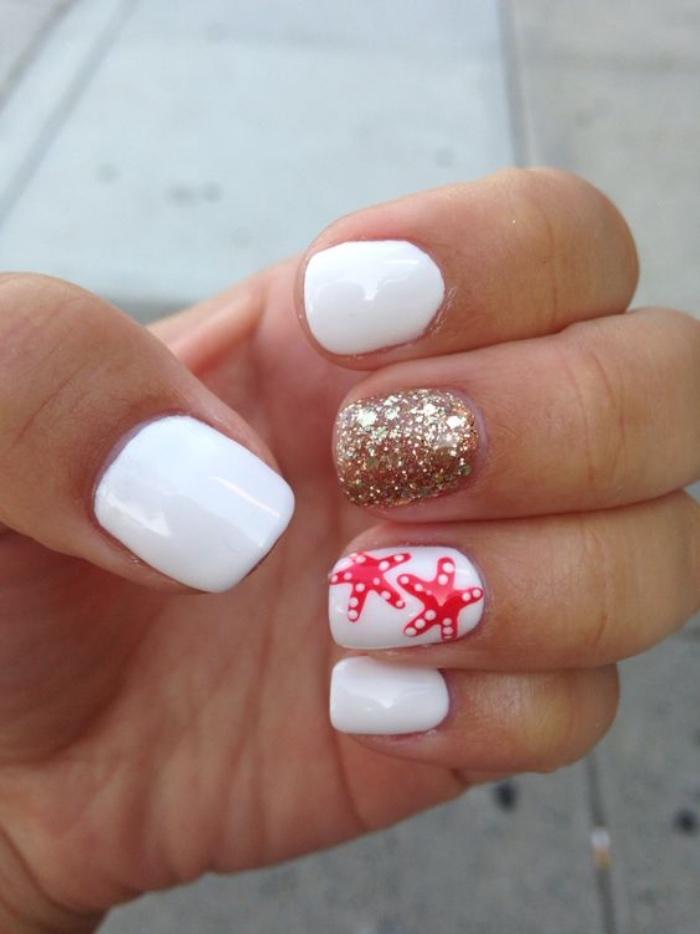 uñas pintadas en blanco, estrellas de mar en rojo, decoración de brocado, bonito, interesante