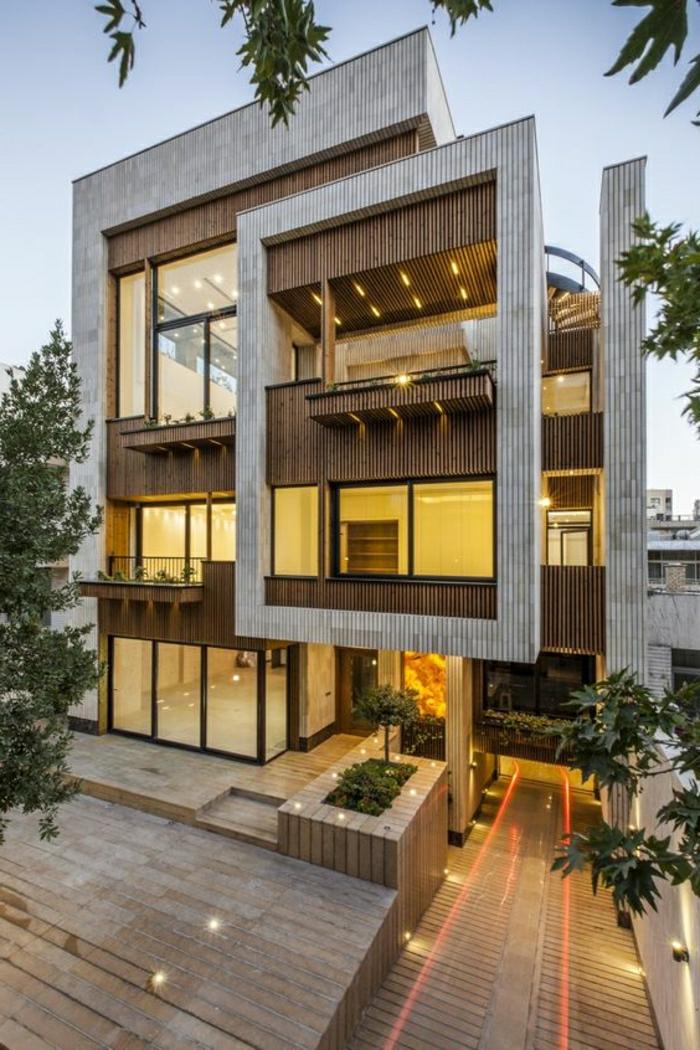 casas modernas, diseno irregular, madera clara y obscura, dos pisos, ventanales